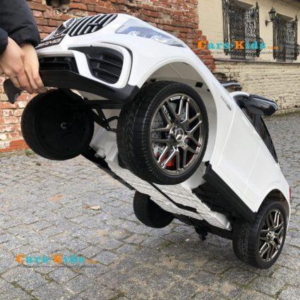 Электромобиль Mercedes Benz GLC63 AMG QLS-5688 белый (колеса резина, кресло кожа, пульт, музыка)